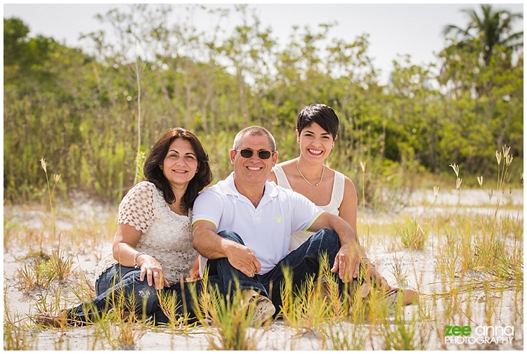 Fort Myers Family Session with Nayi and her Family by Zee Anna Photography