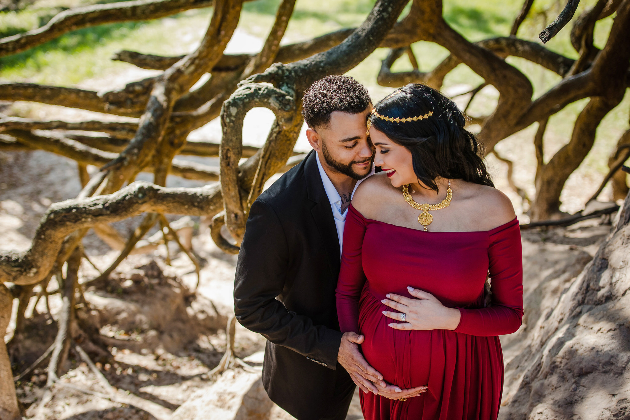 Tampa Maternity Shoot by Zee Anna Photography