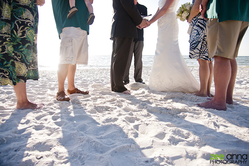 Grys-Tharp-Beach-Wedding-0020