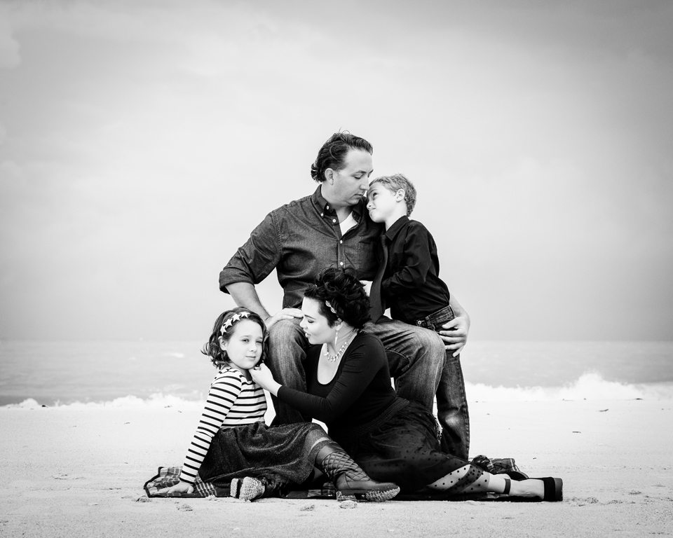 Lover's Key Family Session by Zee Anna Photography