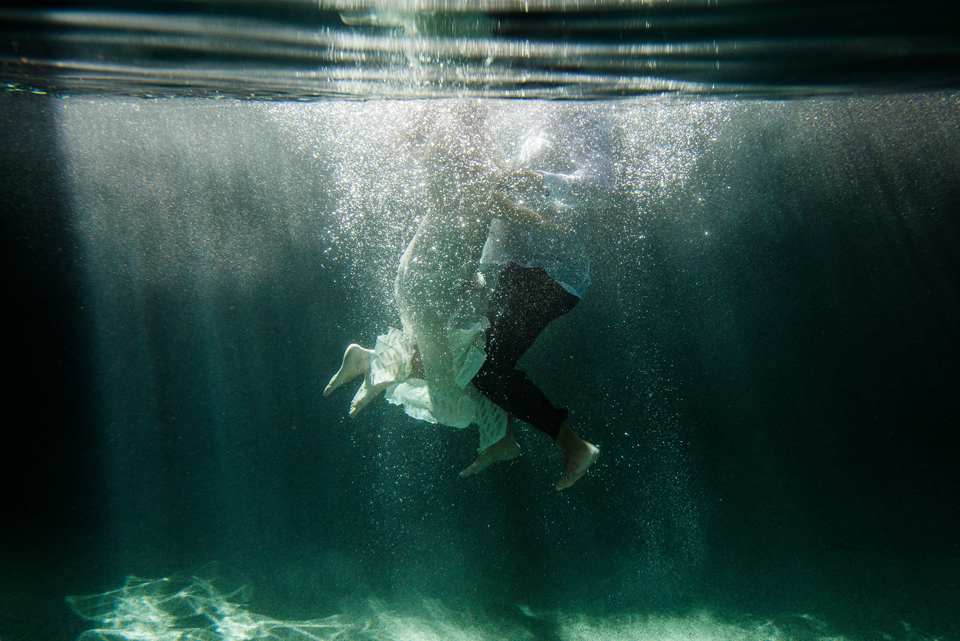 Naples Underwater Couple's Session by Zee Anna Photography