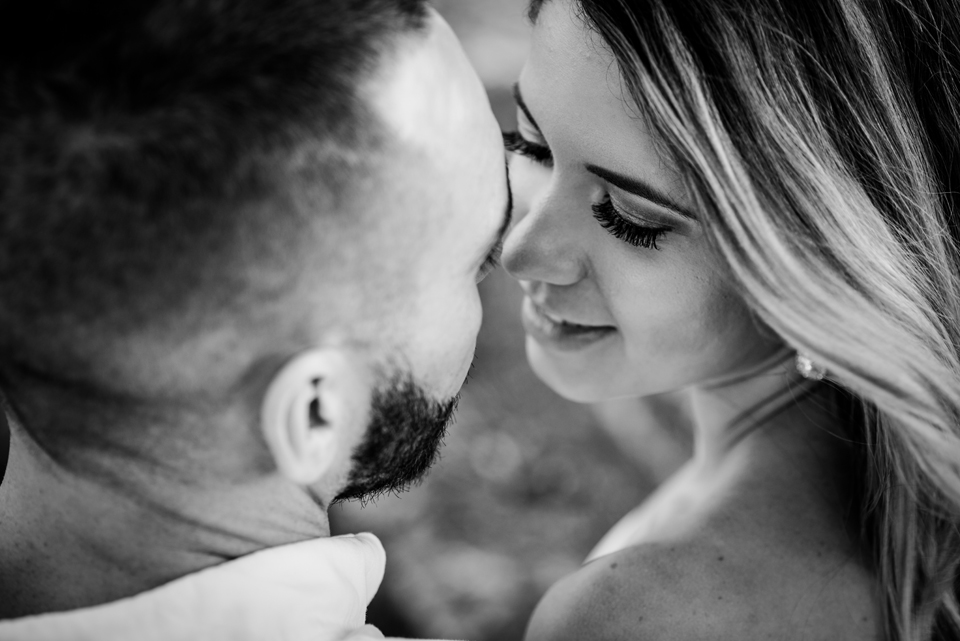 Vizcaya Museum and Gardens Engagement Session by Zee Anna Photography