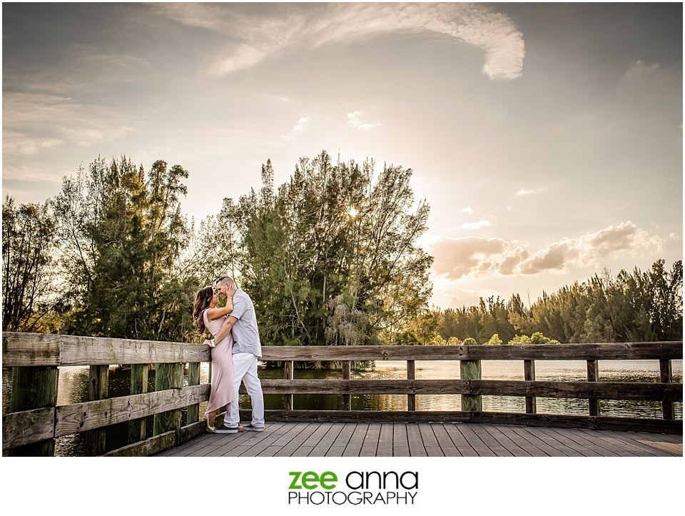 Fort Myers Engagement shoot at Lakes Park by Zee Anna Photography
