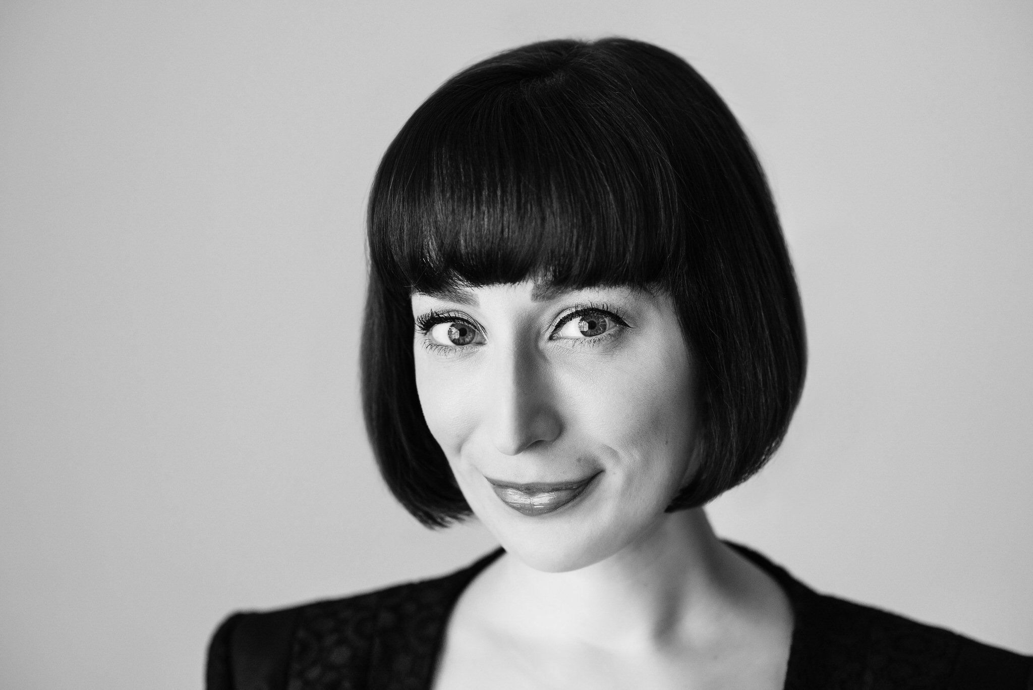 Head shot of Moxxii Consulting Owner Heather Nigro by Anna Nguyen