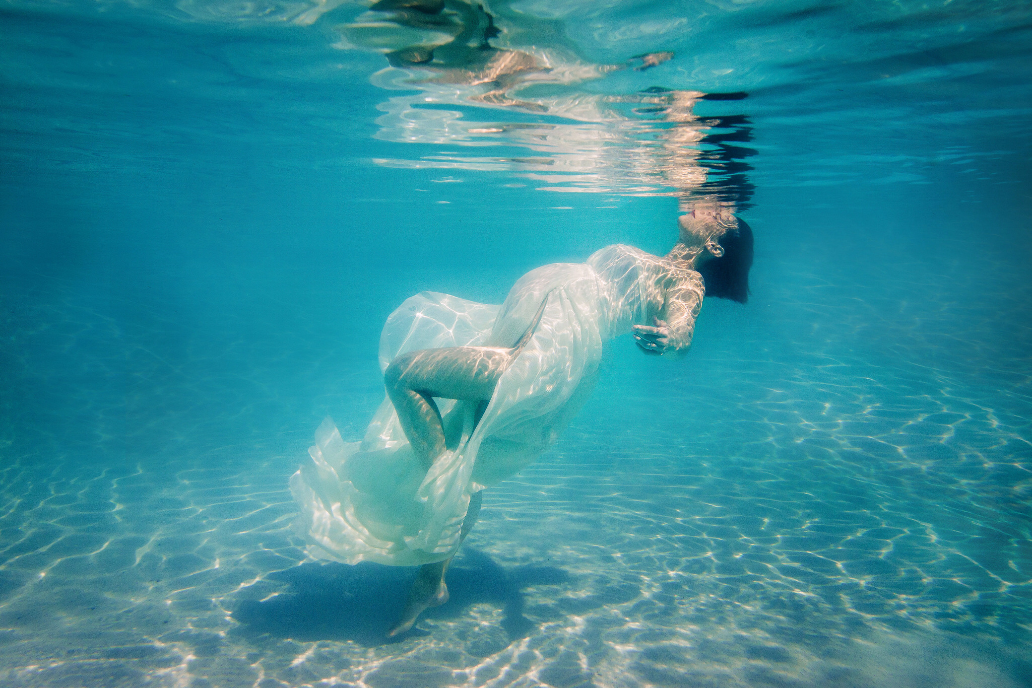Naples Florida Underwater Photography Maternity Shoot by Zee Anna Photography